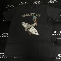 Camisetas e bermudas oakley 100% originais