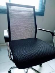 Cadeira Office Turim Semi-nova