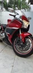 Vendo: Honda VFR 1200F, automática - 2011