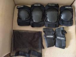 Usado Kit Proteção Skate Roller Daniel Vieira - Preto(infantil)<br>