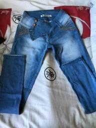 Calça Black Jeans, tamanho 40, em ótimo estado!