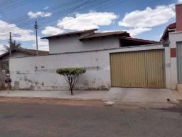 Casa em Inhumas troca por chácara na região