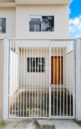 Sobrado a venda em Camboriú com 02 dormitórios