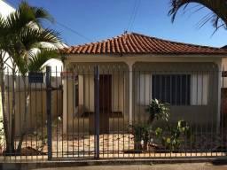 Vendo casa no centro de Santa Cruz do Rio Pardo