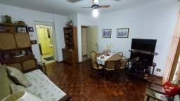 Quarto e sala com vaga de garagem no Centro de Guarapari.