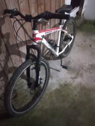 Bicicleta unissex Aro 26 Runner Alloy Branca Fischer