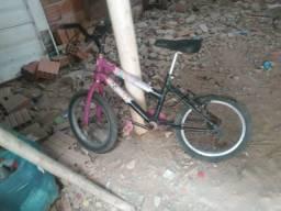 Vendo uma bicicleta. Otimo estado