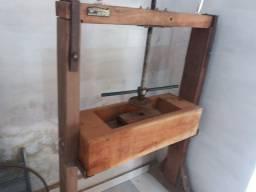 Prensa artesanal para farinha de mandioca