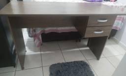 Vendo mesa Escrivaninha ( Super conservada)
