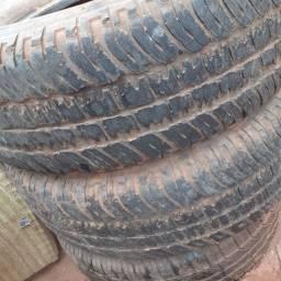 Vendo pneu de camionete S10