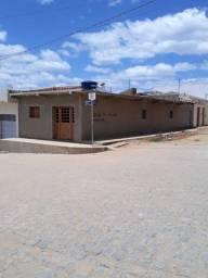 Vendo casa localizada no bairro Santa Terezinha