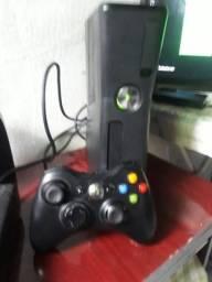 Xbox 360 bloqueado um controle original FIFA 18
