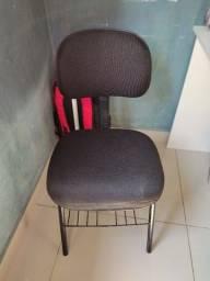 Título do anúncio: Vendo cadeira de escritório 100