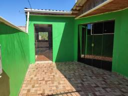 Alugo casa 800 reais
