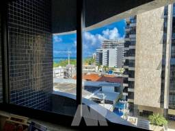 Apartamento para venda tem 157 metros quadrados com 3 quartos em Ponta Verde - Maceió - AL