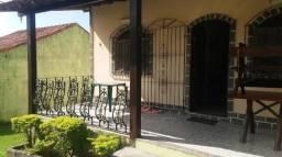 Linda Casa 02 Qts., Piscina, Área Gourmet e Quintal Gramado.
