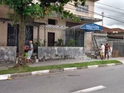 Título do anúncio: Prédio à venda no bairro Areia Branca, em Santos