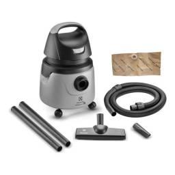 Vendo aspirador de pó e agua electrolux 1200W