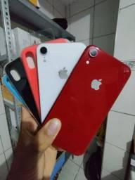 Título do anúncio: iPhone XR 64gb  Garantia/Cartão até 18x/Brindes