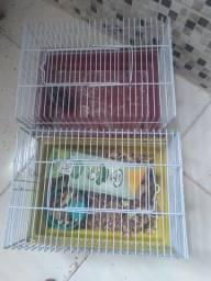 Título do anúncio: Vende Se duas gaiola de hamster