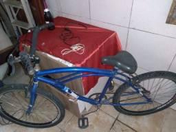 Bicicleta usada tá muito bem conservada