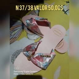 Título do anúncio: SANDÁLIAS FEMININAS(SOU DE MANACAPURU)