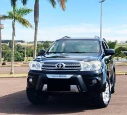 Toyota Hilux SW4 2.7 4x2 16v Gasolina 4p Automático