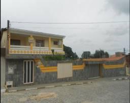Casa no comércio de Alagoinhas