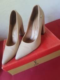 Sapato Scarpin bege - Usado