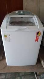 Máquina de lavar muito nova!! barato!!
