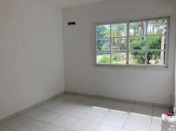 Aluga-se Sala Com. na Aparecida (água, luz, internet no pacote) - 17m² só R$700,00/mês