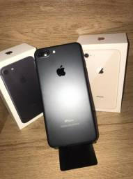 iPhone 7Plus 32gb Preto sem detalhes