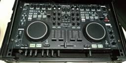 Controladora MC 6000 Denon com case da Zono oficial da Denon DJ, quase nova.