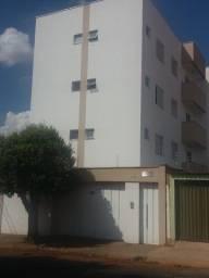 Alugo apartamento próximo a UFU Santa Mônica