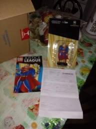 """Vendo boneco original""""supermen """"novo"""