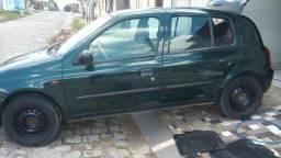 Clio 1.0 8v - 2001