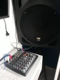 Mesa de som analógica xeny 1202 beringer