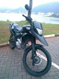 XRE 300 Black - 2011
