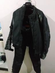 Jaqueta e Calça para motociclista Riffel Evolution e protetor de coluna Texx tamanho L