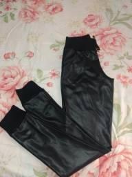 Calça cirrê (couro ecológico) (VENDA)