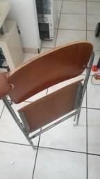 Cadeiras retrátil
