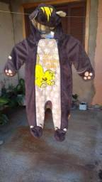 Lote com 06 roupas de bichinhos infantil (muito bem conservada. (Vários tamanhos