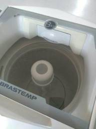 Vendo minha maquina de lavar Brastemp 8kg semi nova (entrego)