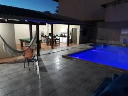 Casa com piscina aquecida para o Natal