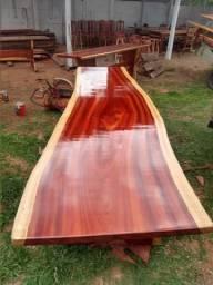 Mesas rústicas, madeira pura