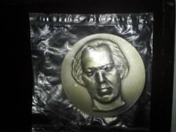 Medalha de Prata Comemoração Dos 90 Anos de Heitor Villa Lobos