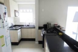Cobertura com 3 dormitórios à venda, 108 m² por R$ 750.000,00 - Córrego Grande - Florianóp