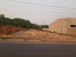 Terreno avenida das Torres de 950m²