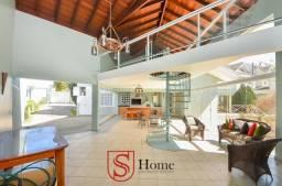 Casa com 5 quartos e 6 vagas para aluguel no Xaxim em Curitiba PR