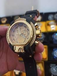 Relógio masculino dourado invicta Magnum